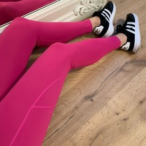🆕🔃LAST • Barbie Workout Leggings
